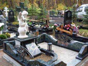 Элитные памятники на могилу — как правильно выбрать и чем отличаются от обычных?