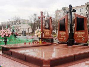 Памятники из красного гранита — внешний вид и другие особенности