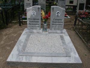 Сколько стоит памятник из мрамора на могилу и где лучше заказывать такой памятник?