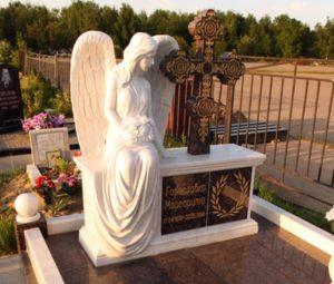 Памятники с ангелами из гранита на могилу — самый красивый вид памятников